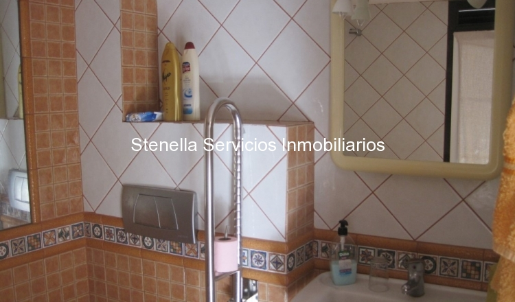 Tamano Baño Minusvalidos:Distribuidos en una o dos habitaciones, un baño, salón-comedor